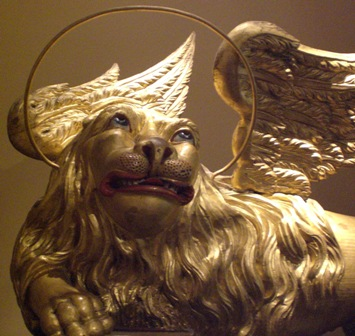gay lion 2